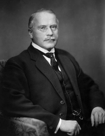 carl-jung-photo.jpg